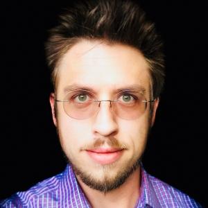 Ian L Hayes, Freelance Writer